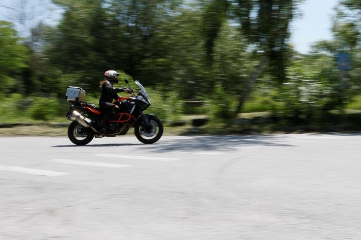 Украинка Анна Гречишкина едет в кругосветное путешествие в одиночку на мотоцикле (Фото: С. Харченко) #vestiua  #bike #Ukraine #world #journey #traveling