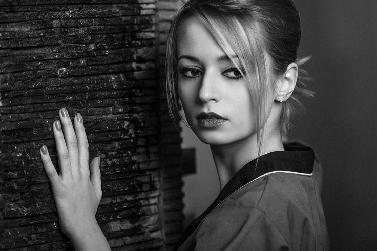 Justyna 2 by Artur Jankowski MaxArtoo on 500px