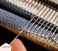 Stricknetz  -Einbettsocken mit der Brother- Rund um die Themen Stricken, Maschinestricken, Strickmaschine, Wolle, Strickbücher, Maschinens...