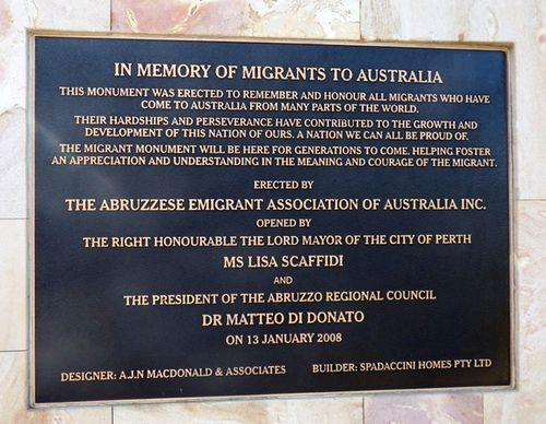 IN MEMORY OF MIGRANTS TO AUSTRALIA This Monument Was Erected To Remember And Honour All Migrants