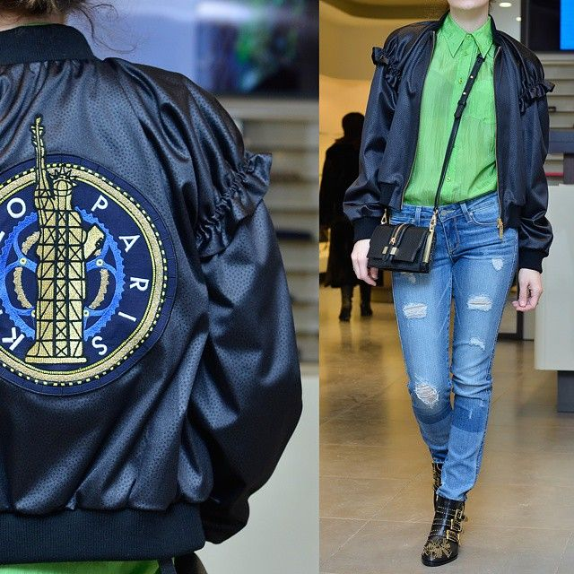 : Рубашка Polo Ralph Lauren. Джинсы Paige. Куртка KENZO. Сумка Rebecca Minkoff. Ботинки Chloe.