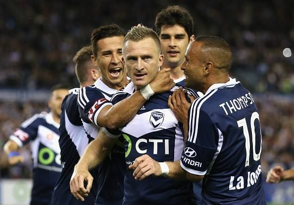 (100) Melbourne Victory