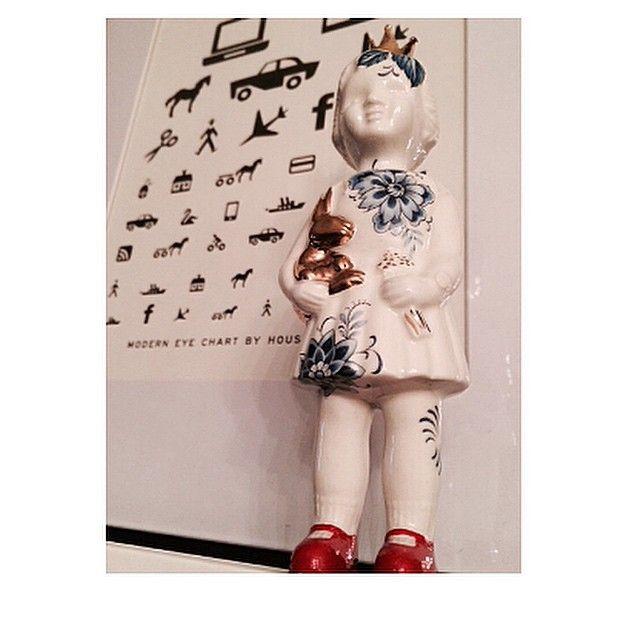 Porcelain Clonette doll by Lammers en Lammers.
