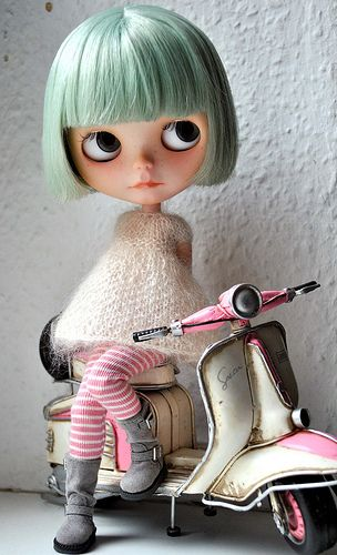 Blythe Doll te recomienda Simatoline Cosmétic Reductor Intensivo Noche con Formula Rápida Reductora y Movilizadora de grasas