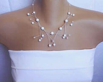 White glass pearl necklace, Bride Jewelry, Wedding jewelry Hófehér üveg gyöngyökből készült nyaklánc. szeszeekszer.hu