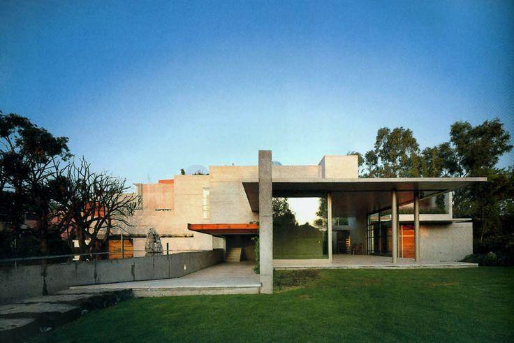 Casa GGG - Alberto Kalach