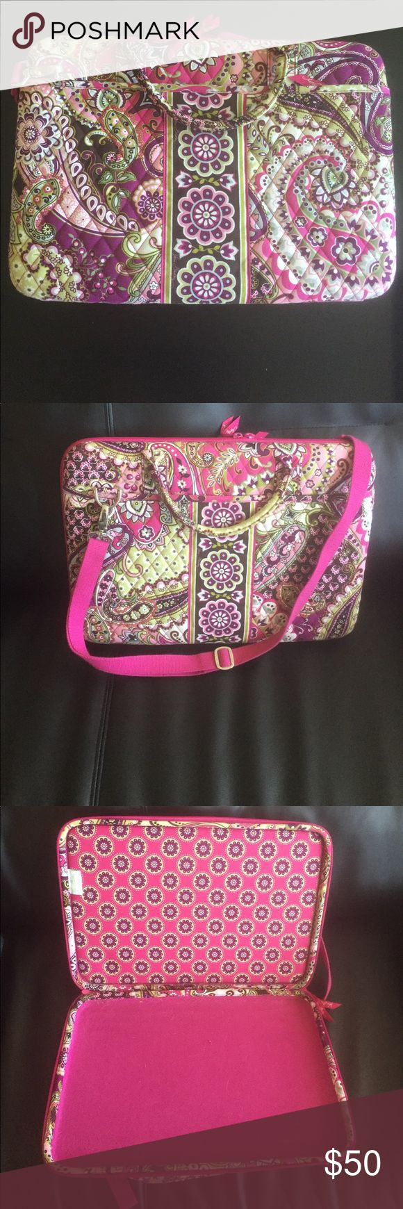 Vera Bradley laptop case Vera Bradley laptop case. Two outer pockets. Carrying strap and handles. Vera Bradley Bags Laptop Bags