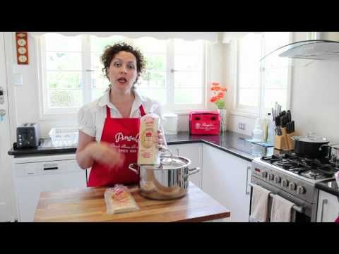 PastaTV - How to Cook Lasagne Sheets - YouTube