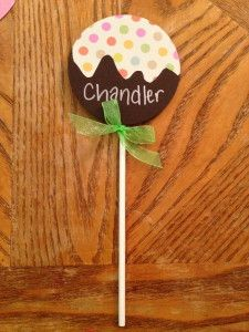 Finished cake pop door dec #yum #residencelife RA Resident Assistant door decs for residents & 562 best Bulletin Boards and Door Tags images on Pinterest | Ra ...