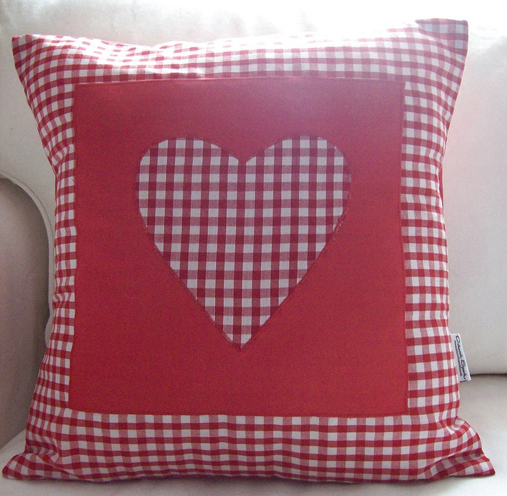 like pattern (red gingham)