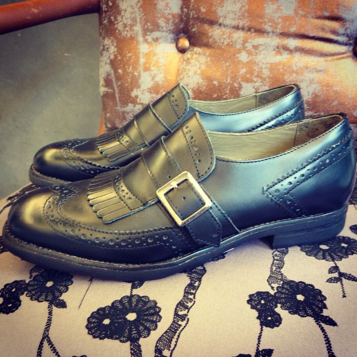 Beautiful shoes for a classic yet fashionable outfit