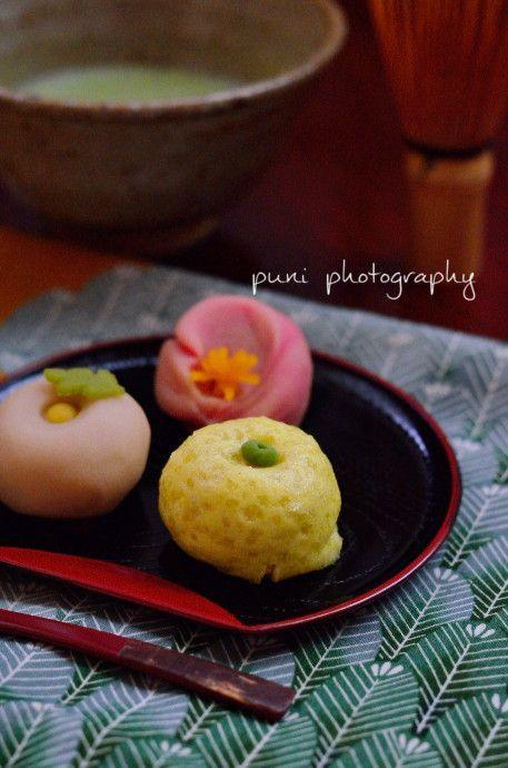 Wagashi with green tea.