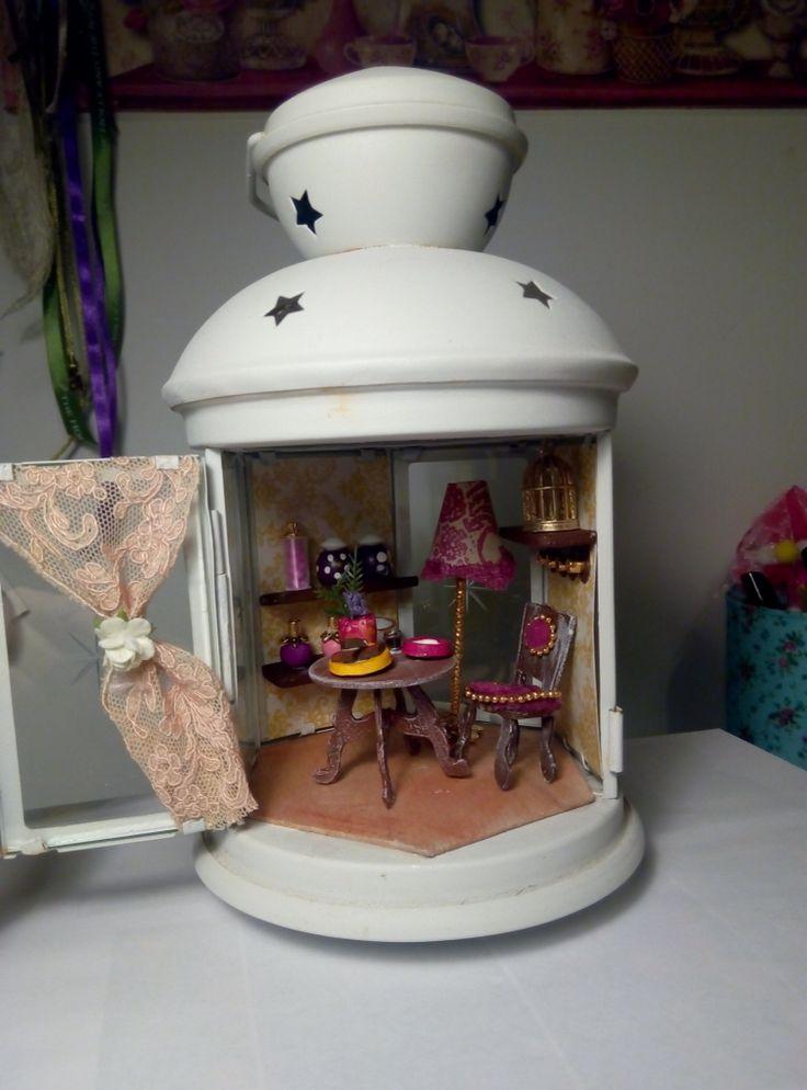 Μminiature in a lantern