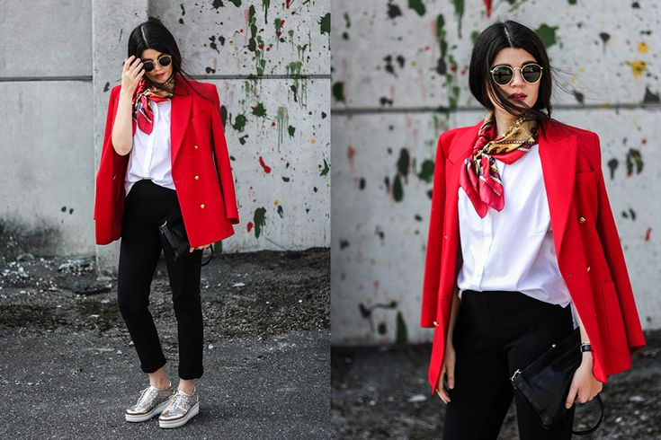 Sunglasses Ray Ban // Scarf & Blazer & Bag Vintage // Top & Pants Maas Natur // Shoes Heine // #fairfashion #vintagefashion #vintage #fair #red #scarf #trend #streetstyle #outfit #hairstyle #goldenshoes #roter #blazer #sonnenbrille #ootd #dailylook #inspiration #outfit #fotografie