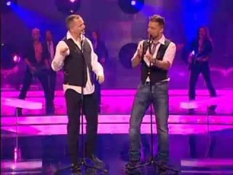 Miguel Bosé e Ricky Martin - Bambu ( legendas PT-BR) - YouTube