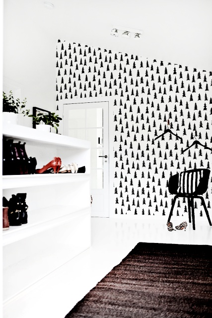 """Our wallpaper Spruce in the home of Norwegian blogger """"Forever Love""""."""