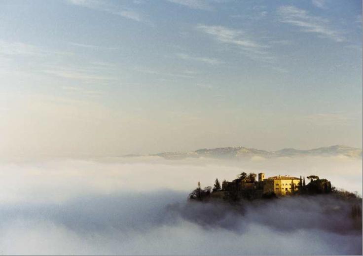 Romantic Castle Hotels - Palazzo Viviani Castello di Montegridolfo, Rimini, Italy