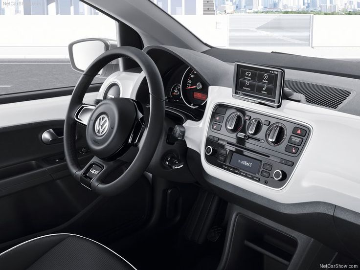 2013 Volkswagen Up: a Small Car with Maximum Space on a Minimal Footprint: Dynamic steering wheel of 2013 Volkswagen Up