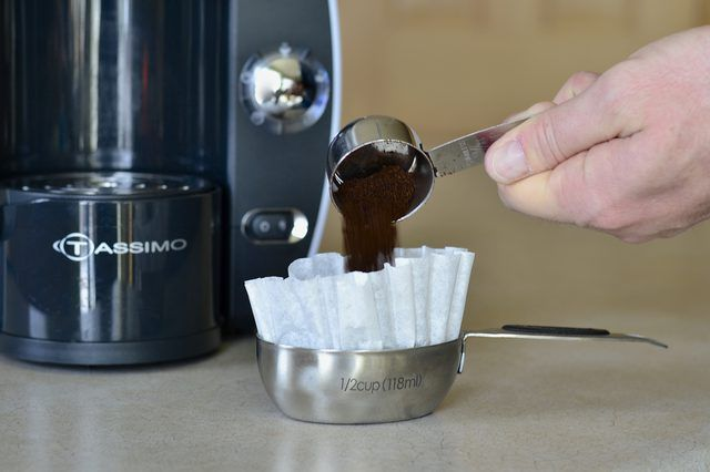 Tassimo coffee makers allow java lovers on the go to make a single cup of coffee rather than brewing an entire pot. These special brewers use Tassimo discs