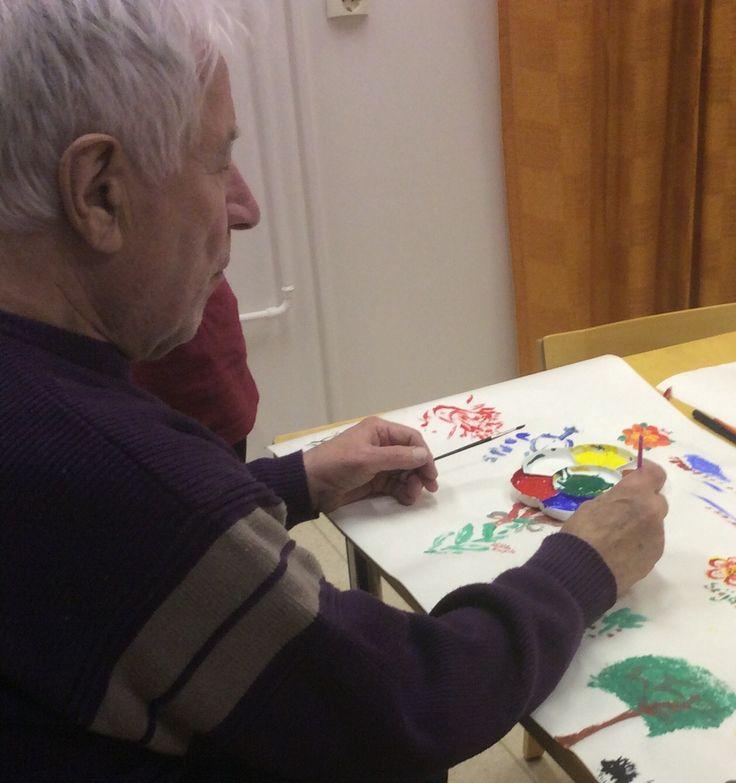 Lauri tykkää maalata