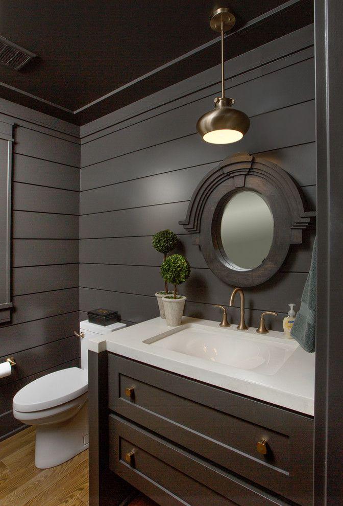 Пластиковые панели для ванной: бюджетный вариант для стильного интерьера и 45+ лучших реализаций http://happymodern.ru/plastikovye-paneli-dlya-vannoj-37-foto-byuzhdetnyj-variant-dlya-stilnogo-interera/ Стильный интерьер гигиенической комнаты в темных тонах