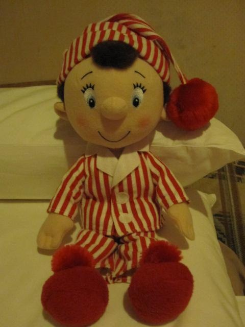 Noddy Doll Knitting Pattern : 17 Best images about Noddy on Pinterest Noddy cake, The famous five and Pos...