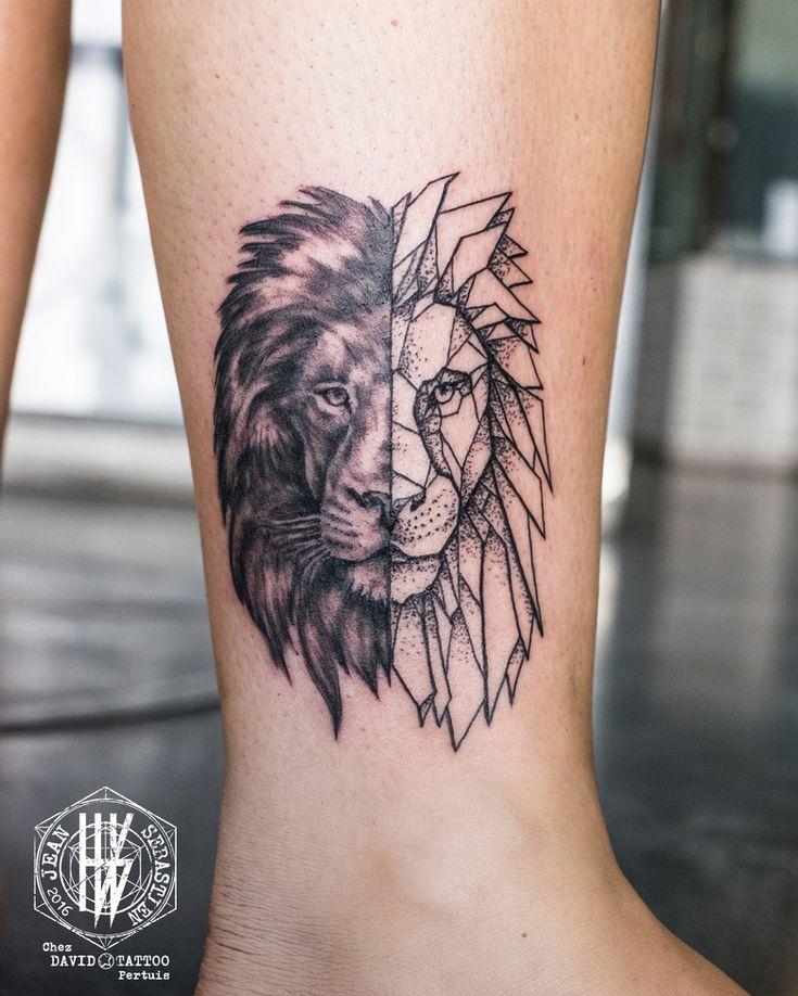 2017 trend Geometric Tattoo , Idée  Lion , Symétrie  poitrine / dos  Tatouage Cheville