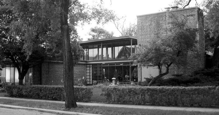 Blue Island, IL : Heimbach house by architect Bertrand Goldberg, 1939