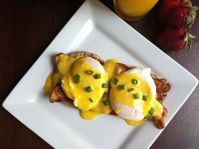 Ashley Marie's Kitchen: Eggs Benedict
