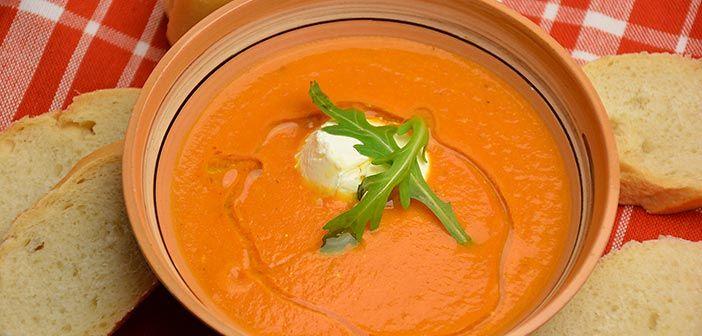 Tomaatti ricotta keitto