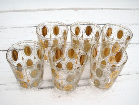 6 beautiful gold and cream drinking glasses.    These glasses are simply gorgeous. I can promise you are going to be so happy with them and proud to drinks to your guests.    Cameos include:    Bavaria. Lola Montez 1818-1861  France. Ninon De Lenclos 1616-1706  France. Josephine Bonaparte 1763-1814  England. Alice Perrers D-1400  Egypt. Cleopatra 69 B.C. - 30 B.C.  Spain. Duchess of Alba D-1796  France. Madame Du Berry 1743-1793  England. Ann Boleyn 1507-1536  France. Madame De Montespan…