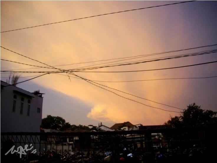Twilight wires