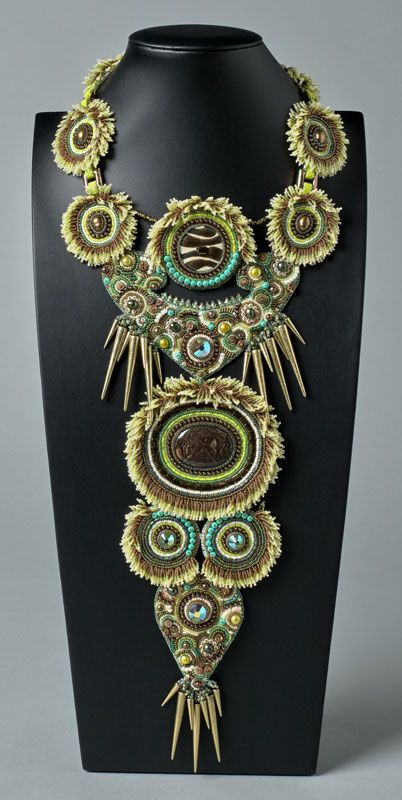 http://bnb.jewelrymakingmagazines.com/~/media/images/Bead%20Dreams/2014/Silent%20Flight