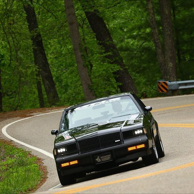 #tailofthedragon #crusinthesmokies 2016 #gnsperformance @t_mackstradamus on instagram is the owner of this machine