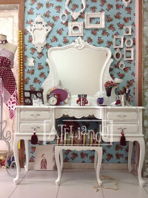 Ateliando - Customização de móveis antigos: Galeria Penteadeiras Antigas  Clima vintage para a penteadeira Amélia