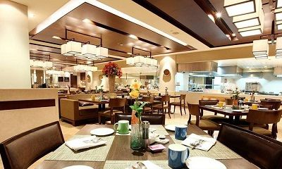 Buffet Lunch OR Dinner with Soft Beverage @ Rs 1599