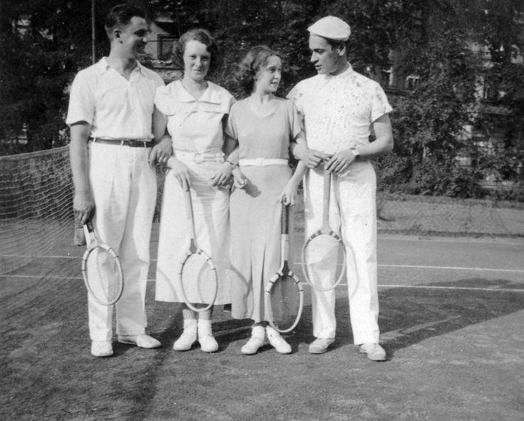 Teniszezők 1938 Fortepan