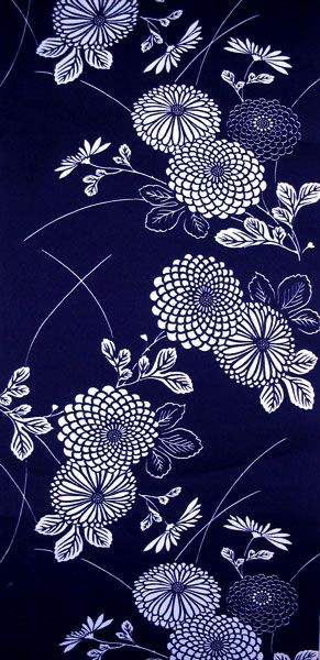 Very soft indigo yukata with an overall pattern of mums.