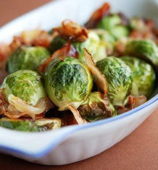 Kit's American Cuisine: English Christmas Dinner .. Brussel Sprouts w/ Bacon