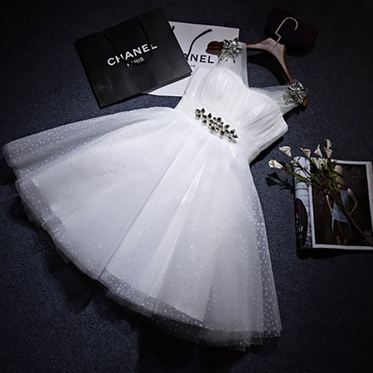 A-Line Tulle Cocktail Dress V-Neck Sleeveless White Party Dress Cheap Knee-Length Date Dress Vestido de noiva 2017
