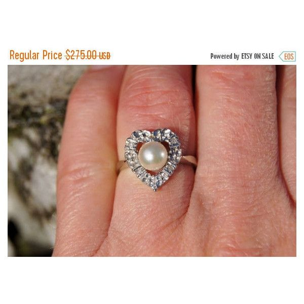 Spring SALE 1960's Heart Shaped 14K White Gold, Pearl and Diamond Ring ($234) ❤ liked on Polyvore featuring jewelry, rings, flower diamond ring, diamond band ring, white gold heart ring, pink diamond ring and diamond rings