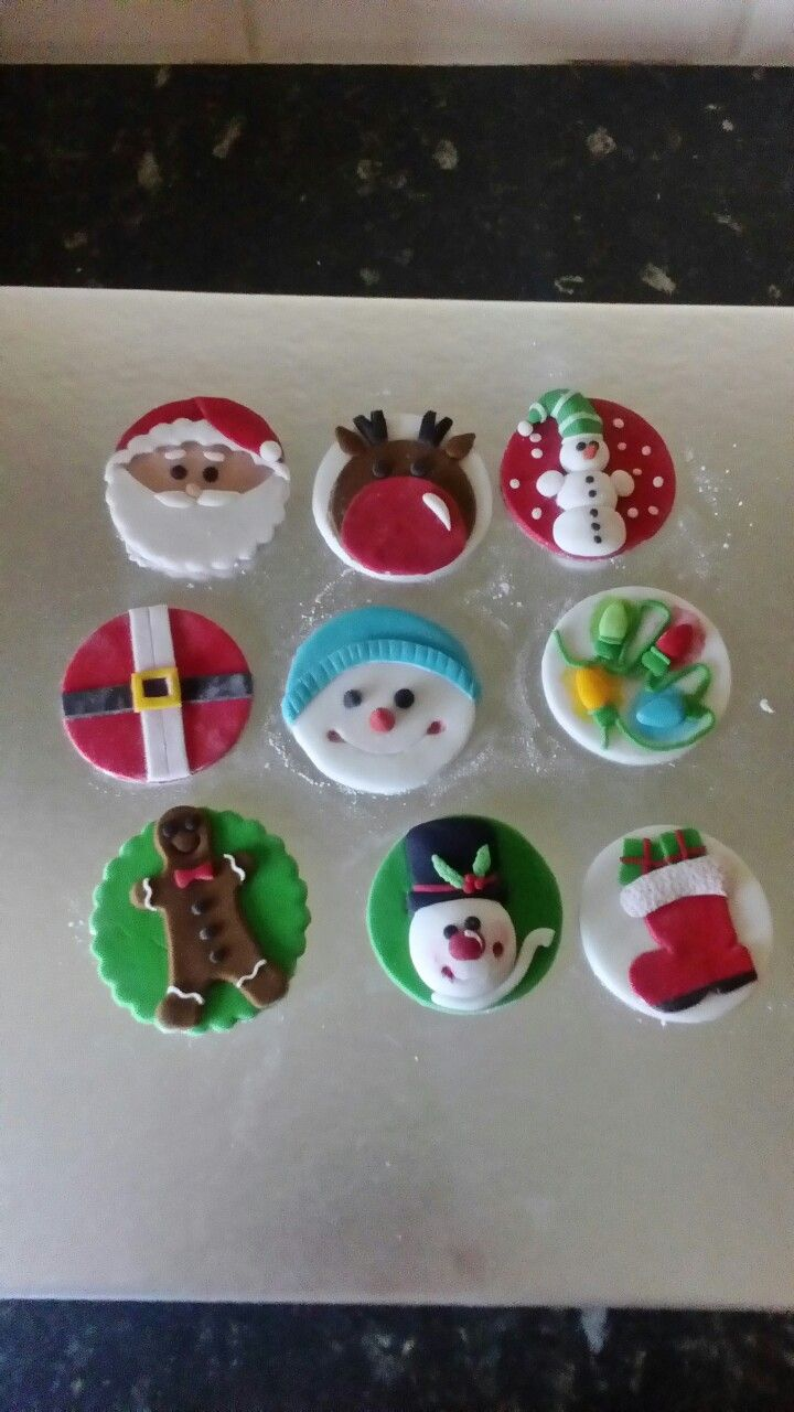 Christmas cupcake toppers!