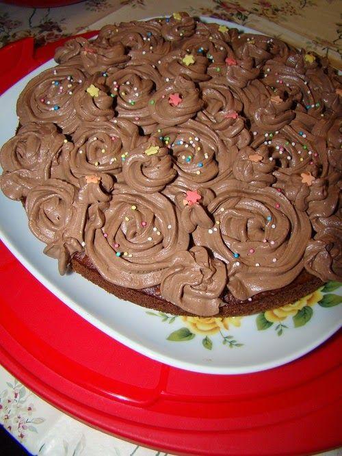 Cristina's world: Tort simplu fara oua, cu crema de ciocolata