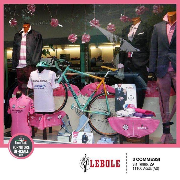TRE COMMESSI, di Aosta - I nostri Clienti festeggiano il Giro d'Italia 2015 e presentano l'abito esclusivo prodotto da LEBOLE per il Giro #lebolegiro2015 #lebole #abito #modauomo #fashion #stile