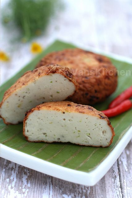 Vietnamese fish cake - Chả cá by van_pham, via Flickr