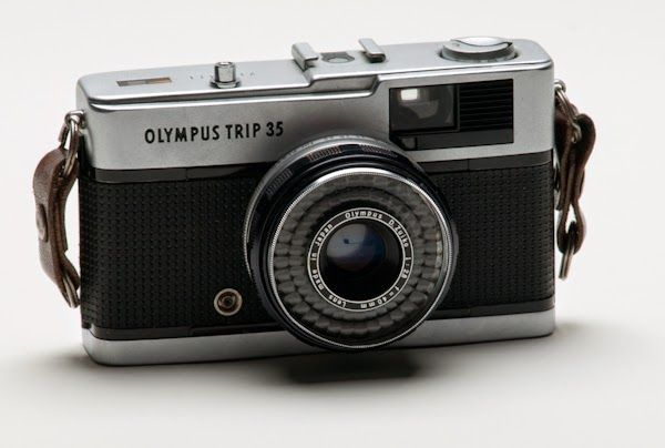 Lomography and black white photography olympus trip 35