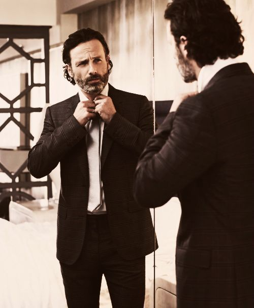 This gorgeous man?  He's Andrew Lincoln (Rick Grimes; The Walking Dead).