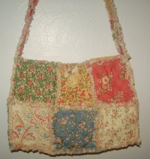 How to make a rag quilt purse..I don't like these colors but would be cute made up with fabrics I like.