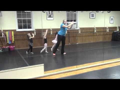 Hip Hop Dance Moves For Kids: Clean Hip Hop Music For Kids: The Clap Song