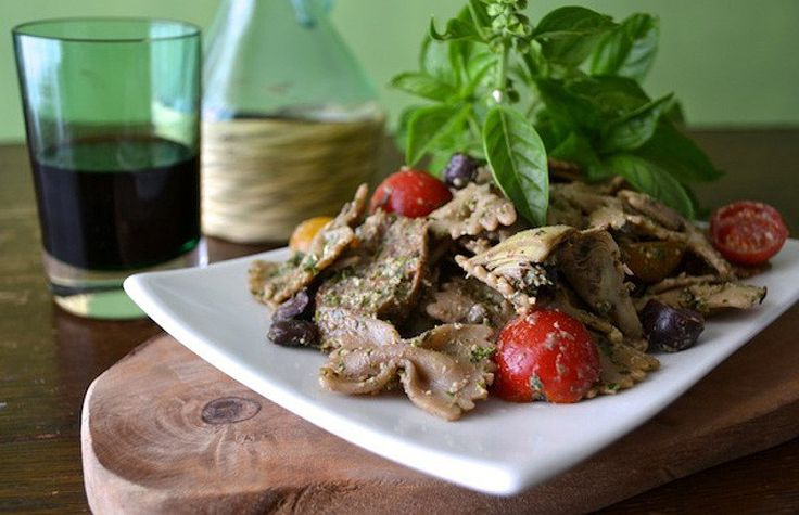 <p>Knowing how to get rid of the bitter taste and be left with tender, flavorful greens requires knowing a few tricks. Consider this a crash course in how to cook greens so they taste delicious. </p>